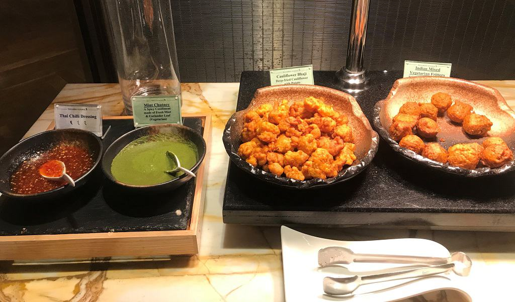 Singapore Airlines SilverKris Business Class Lounge Food