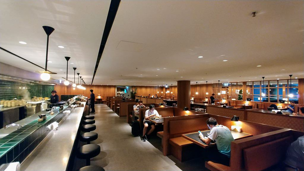 Cathay Pacific The Pier Noodle Bar
