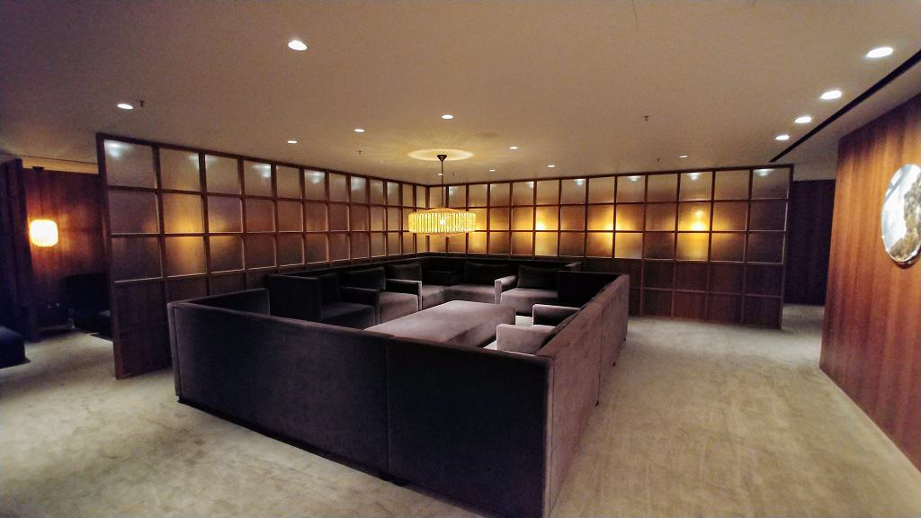 The Pier Business Class Lounge Relaxation Room