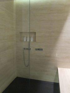 The Bridge Lounge Hong Kong Showers