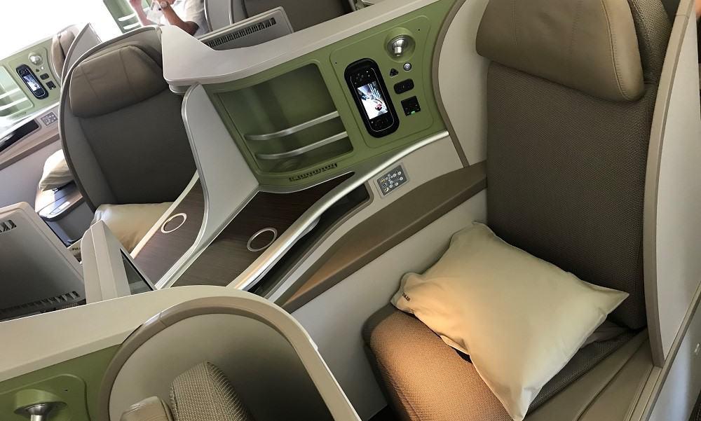 EVA Air 777-300ER Business Class Seats
