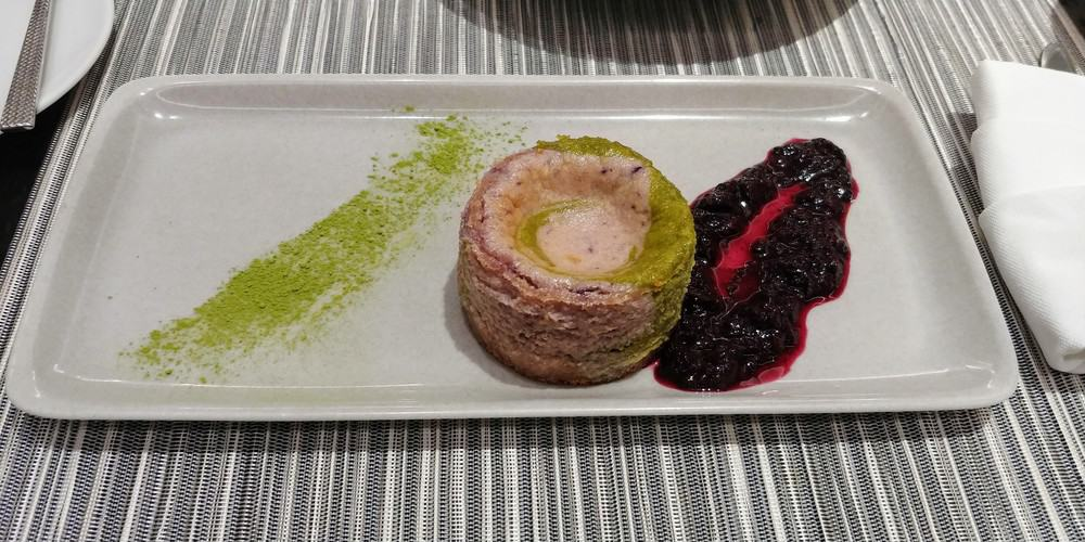 Matcha Blueberry Cheesecake