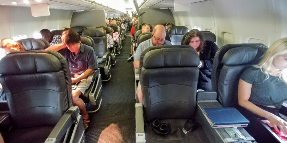 American Airlines Business Class Cabin 738