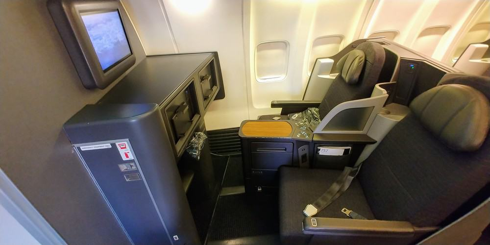American Airlines 757 Domestic First Class Jfk To Miami