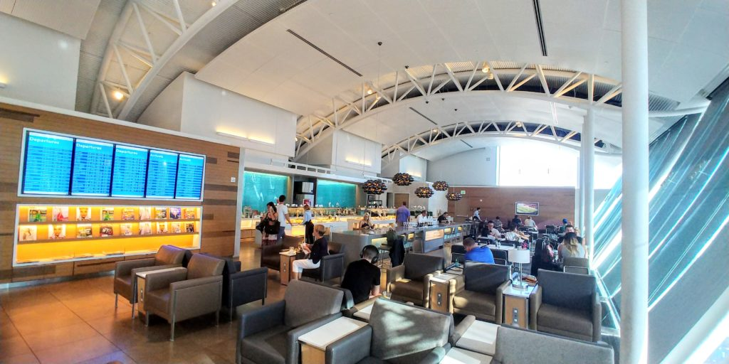 Flagship Lounge LAX Dining Room