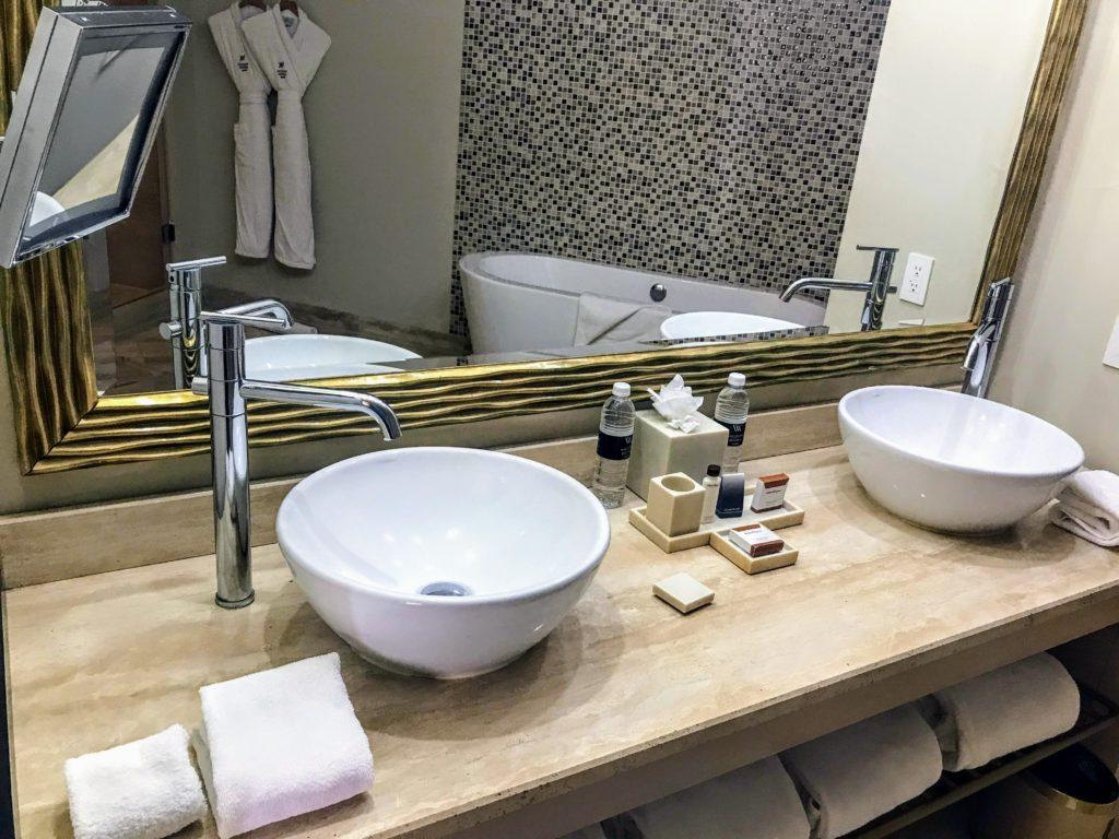 Sinks Panama Waldorf