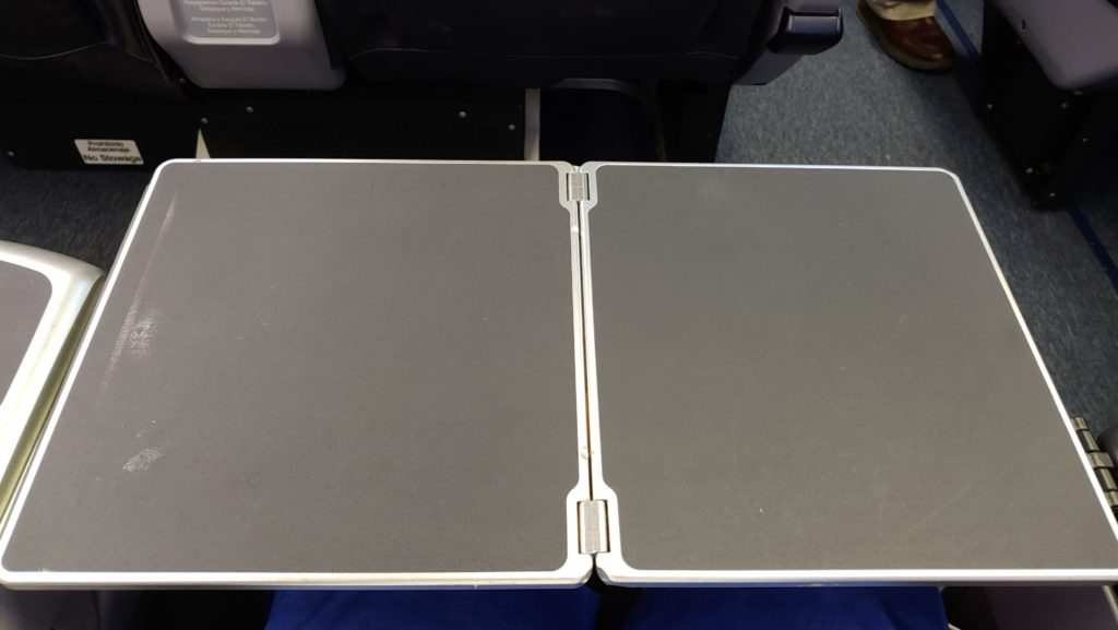 Tray Table CM 738