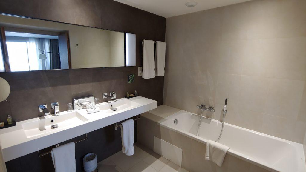 Bathroom Simon Hotel FDF